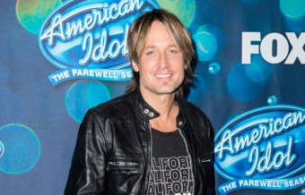Keith Urban's Reaction to Kelly Clarkson Performance