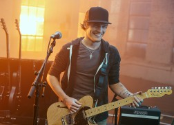 Tucker Beathard Announces Headlining Run in U.K. and Ireland